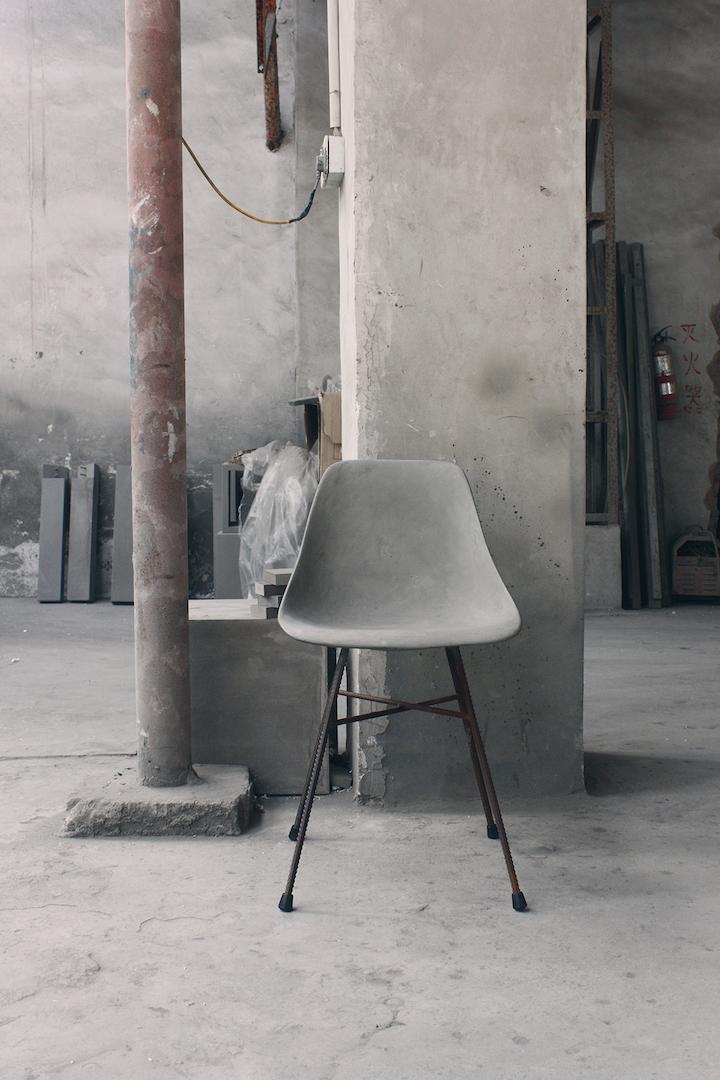 Styling ID Blog: Betonnen design, Hauteville eetkamerstoel van Lyon Béton