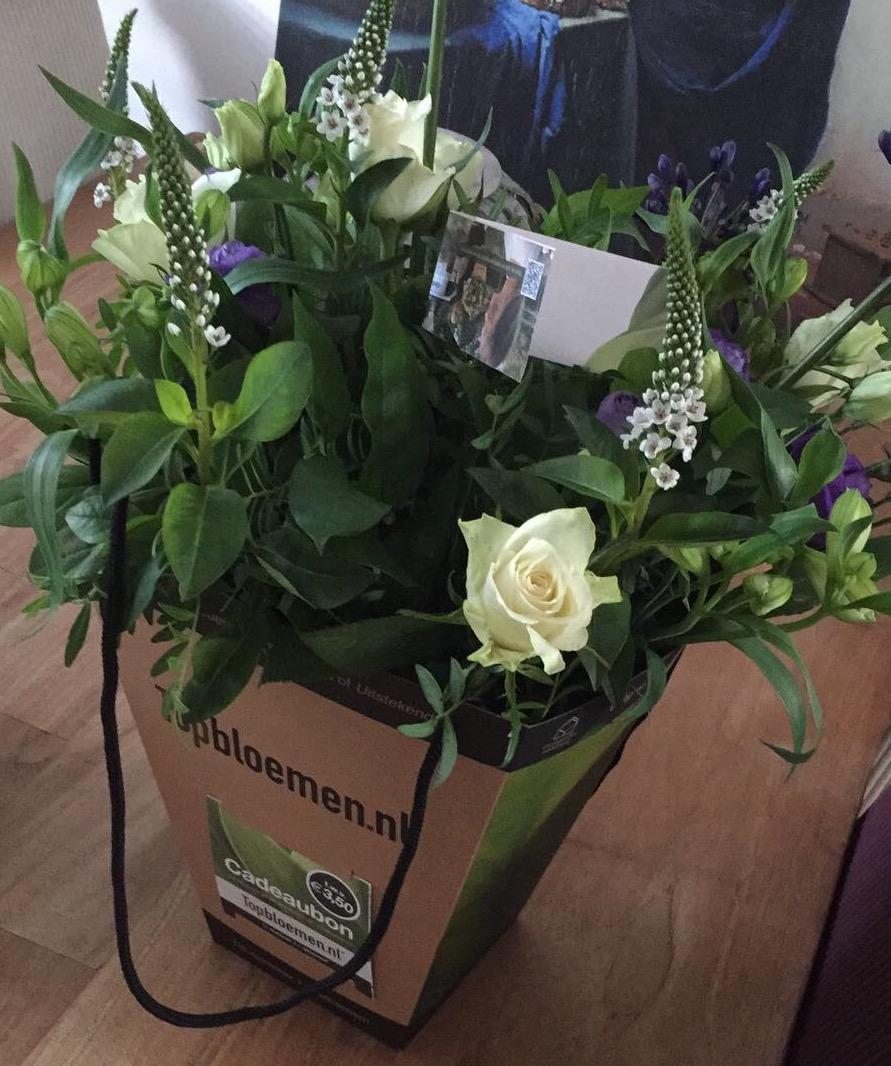 """Media Partner van Brocanteschuur """"de Boshuuze"""" bloemen"""