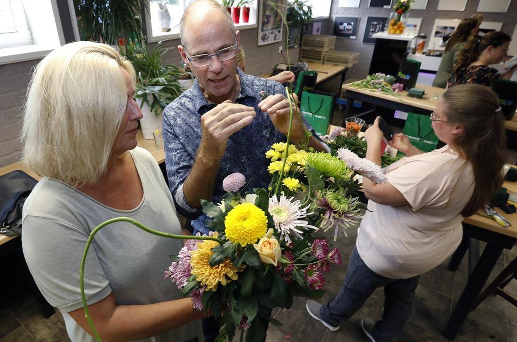 Styling ID Blog Uitbundig gestylde bloemen maken je vrolijk uitleg van Geert Maas