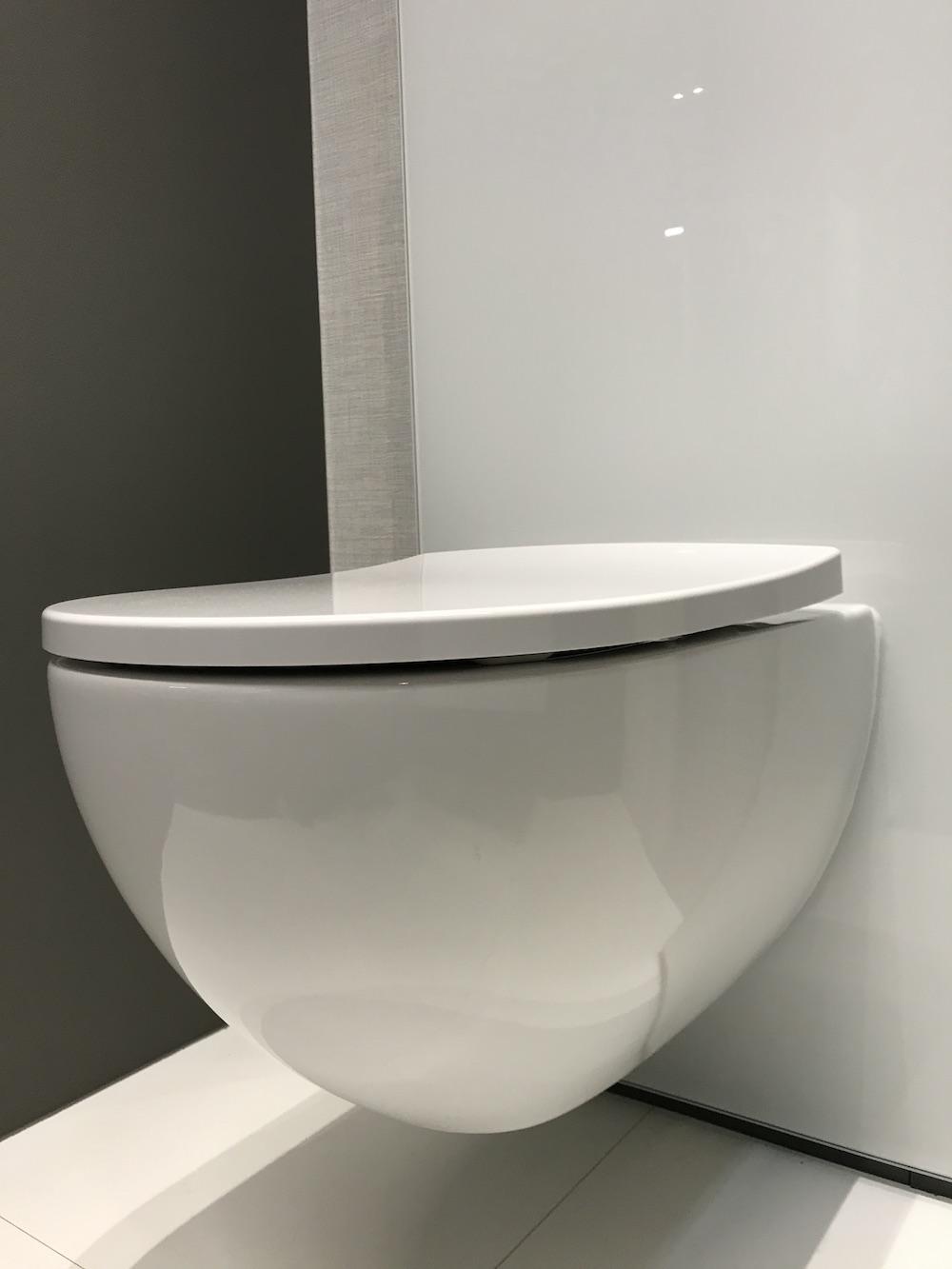 Styling ID blog op Bezoek bij Sphinx Rimfree toilet softclose