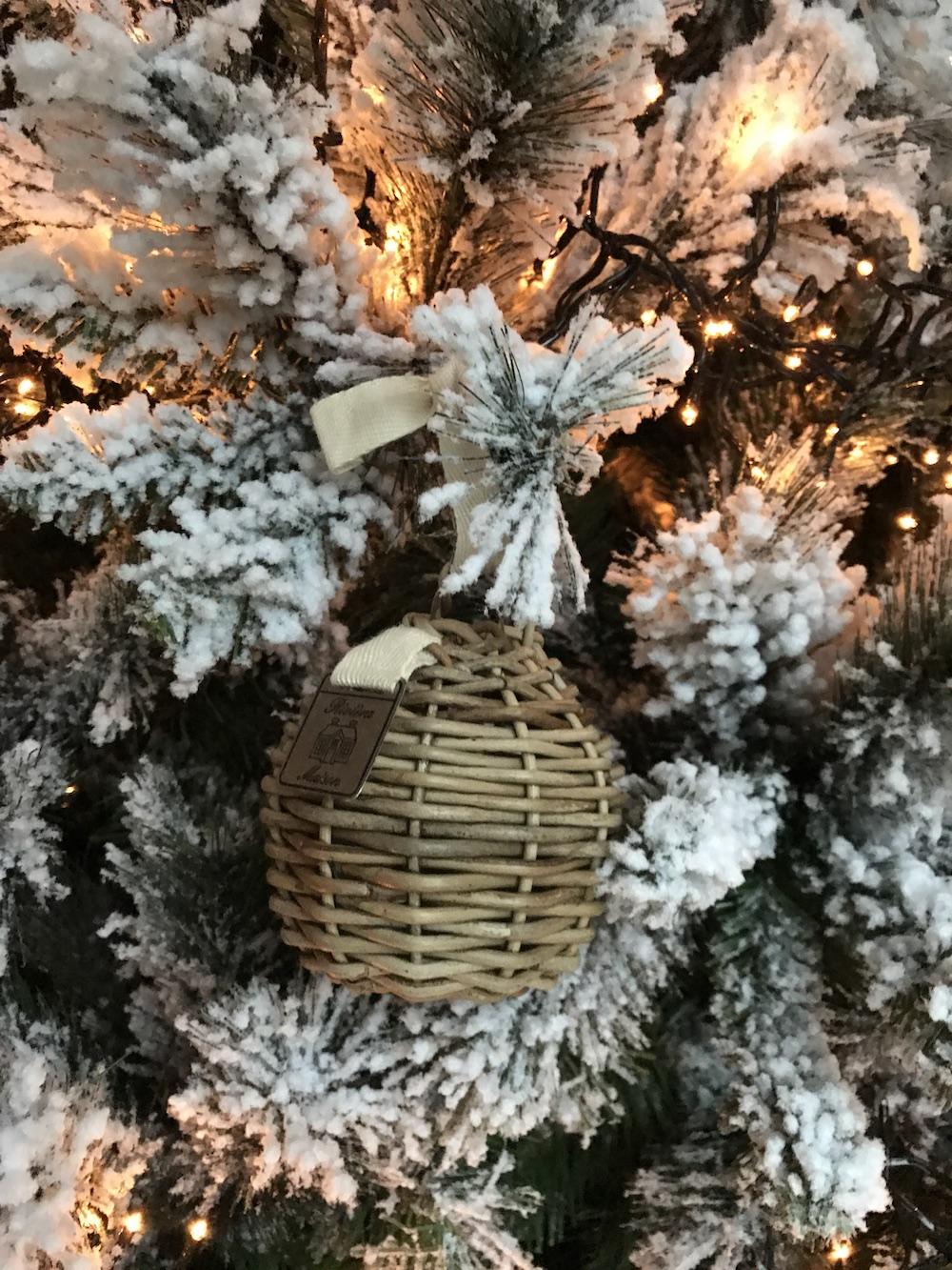 Styling ID Blog Zo vier je kerst in de Rivièra Maison stijl boomhanger 1