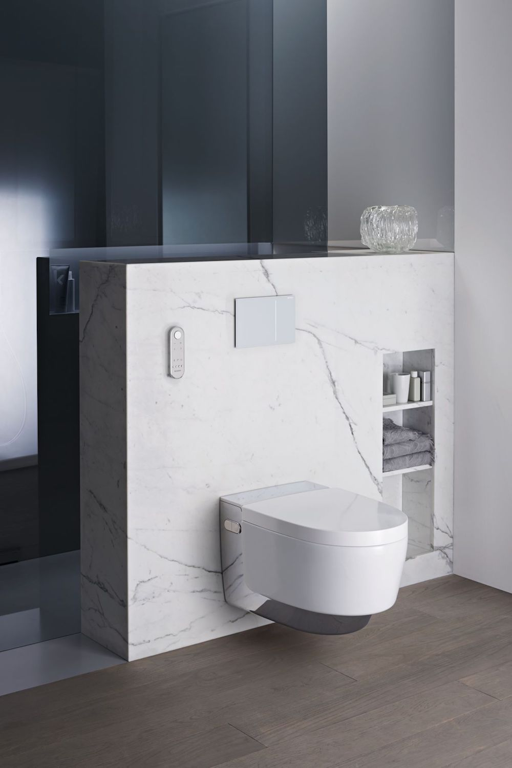 Styling ID Tips en Trends Een Douche WC bedienen met je smartphone AquaClean-Mera-chrome