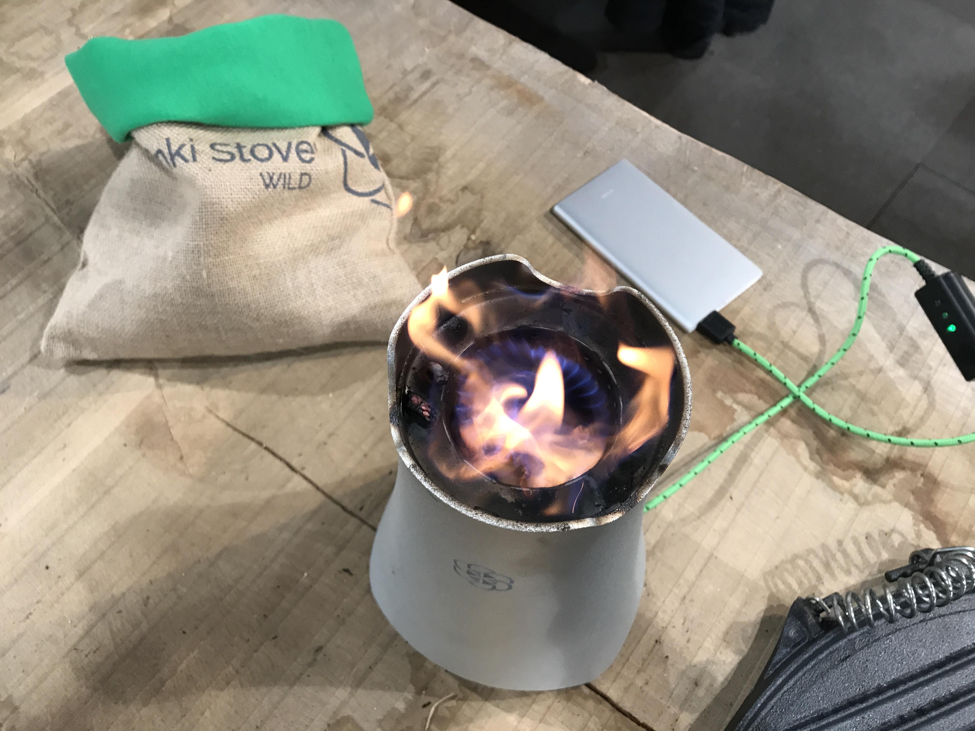 Styling ID Blog twee dagen Beurs Eigen Huis Art of Fire Enki Stove Wild brandend