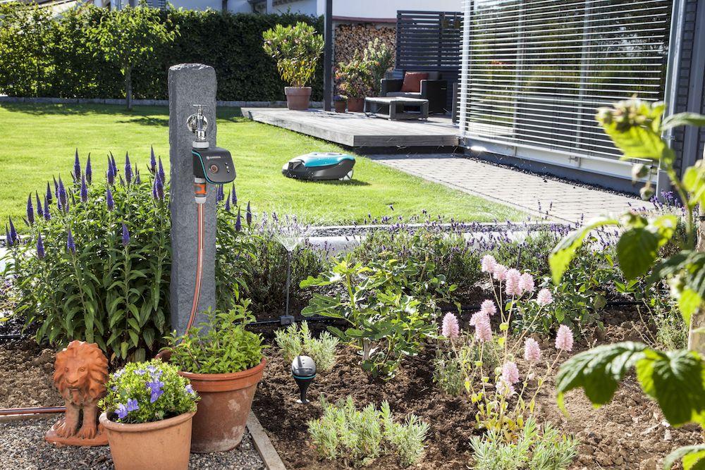 Styling ID Tips en Trends smart system van Gardena voor de tuin set