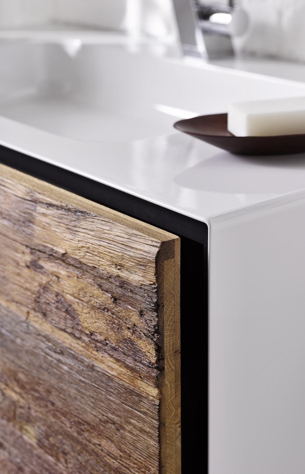 Styling ID Tips & Trends Stoer wastafelmeubel uitgevoerd in staal en robuust oud hout 6