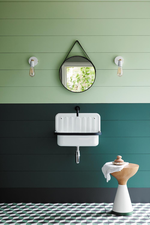 Styling ID Tips en Trends Fijne groentinten passend bij hedendaags interieur design--Little Greene_Green_15 - Aquamarine - Mid 284, Three Farm Green 306 & Lamp Black 228_EMAIL
