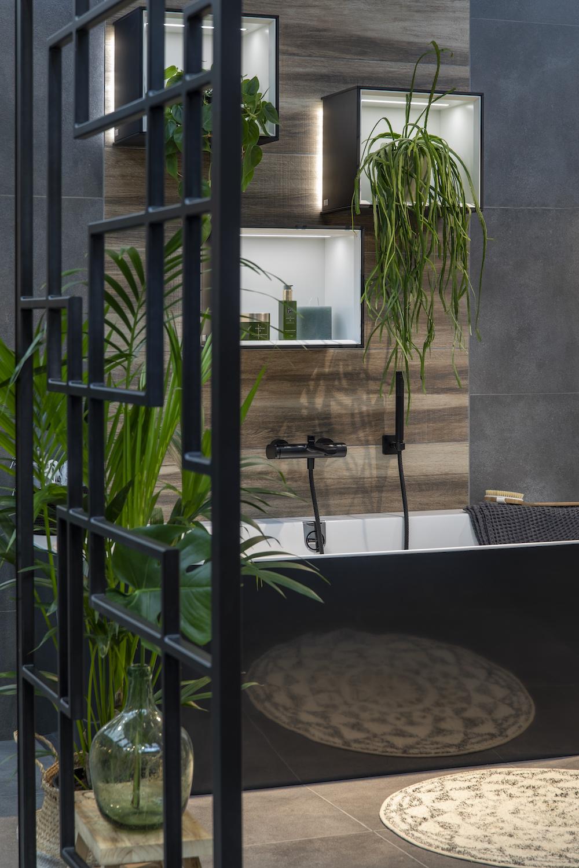 Styling ID tips en trends Half vrijstaande bad met luxe uitstraling 3