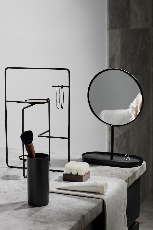 Styling ID tips en trends Pure zwarte magie voor de badkamer 3